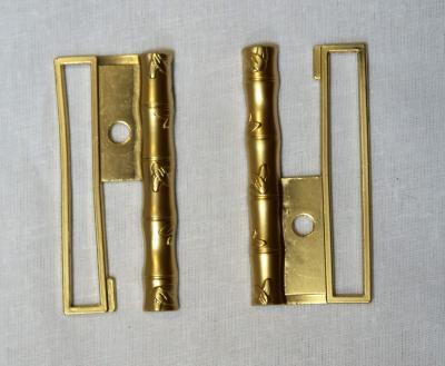 Пряжка 6 см металлическая из двух деталей золото