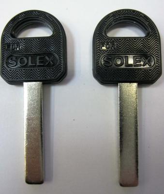 Заготовка для ключей 00011 Solex квадрат пластик цветные (30*5.5*2.9 мм)
