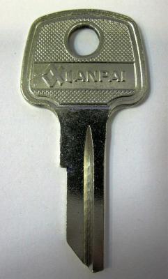Заготовка для ключей 00065 AV2D_AVG2D_AV2_AVD2 Авангард Английская