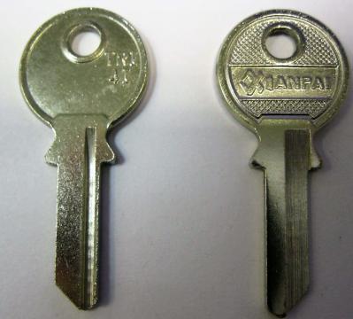 Заготовки для ключей 00072 TRI4I_TR_10_TL10R_TRC1R TriCircle Английские