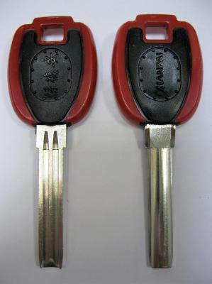 Заготовка для ключей 00663 KV-3P пластик вертикальная
