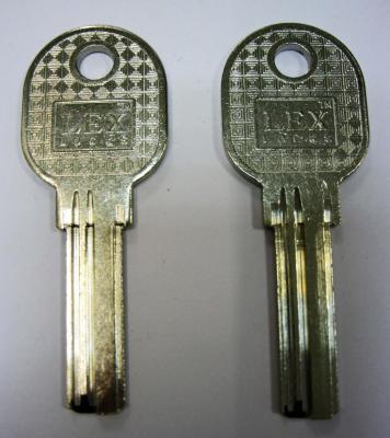 Заготовка для ключей 00507 LEX E-30.LEX (29*8,84*2,3мм) вертикальная