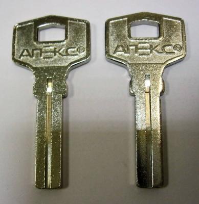 Заготовка для ключей 00627 APEX волна вертикальная