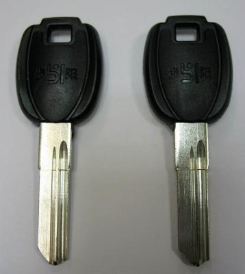 Заготовка для ключей 00673 двойная резка 2 паза короткие D-215 английская