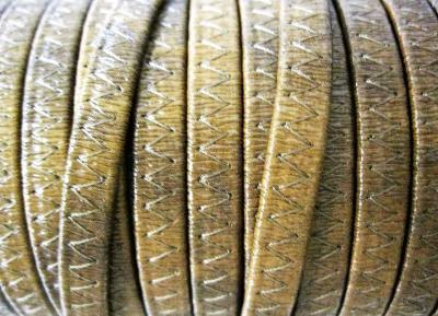 Резинка босоножная в кожаной оплетке 6 мм коричневая Италия