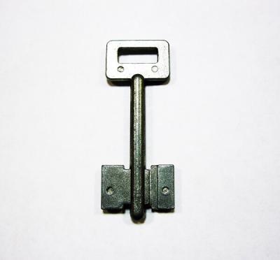 Заготовка для ключа флажковая 2 стороны, 1 правый паз, латунь
