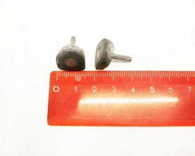 Набойка металлическая со штырем 12*14