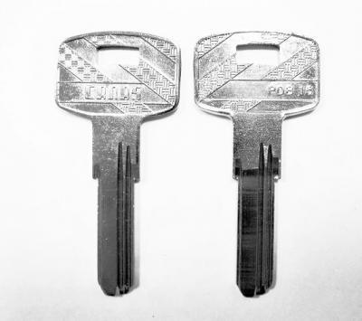 Заготовка для ключа DK8 CANAS PDB 15 вертикальная 3 паза