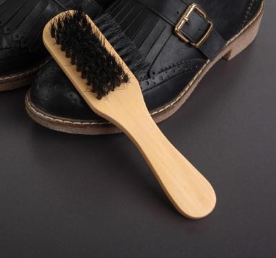 Щетка для одежды и обуви деревянная с ручкой,3-х сторонняя 17*5,5*4,5